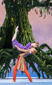 Sarah Lamb as Perdita and Steven McRae as Florizel in The Winter's Tale (ROH, Johan Persson, 2014) 2